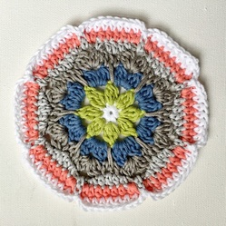 periwinkle-coaster-free-crochet-pattern