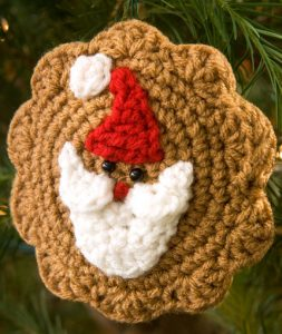 santa-cookie-ornament-free-crochet-pattern