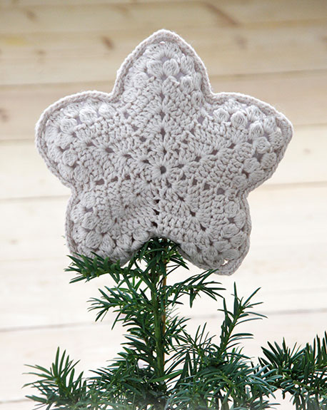 Top That! Christmas star crochet topper
