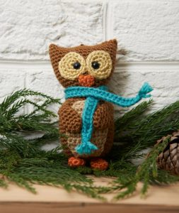 wise-owl-ornament-free-crochet