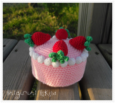Amigurumi Free Pattern For A Strawberry Cake Crochet Kingdom