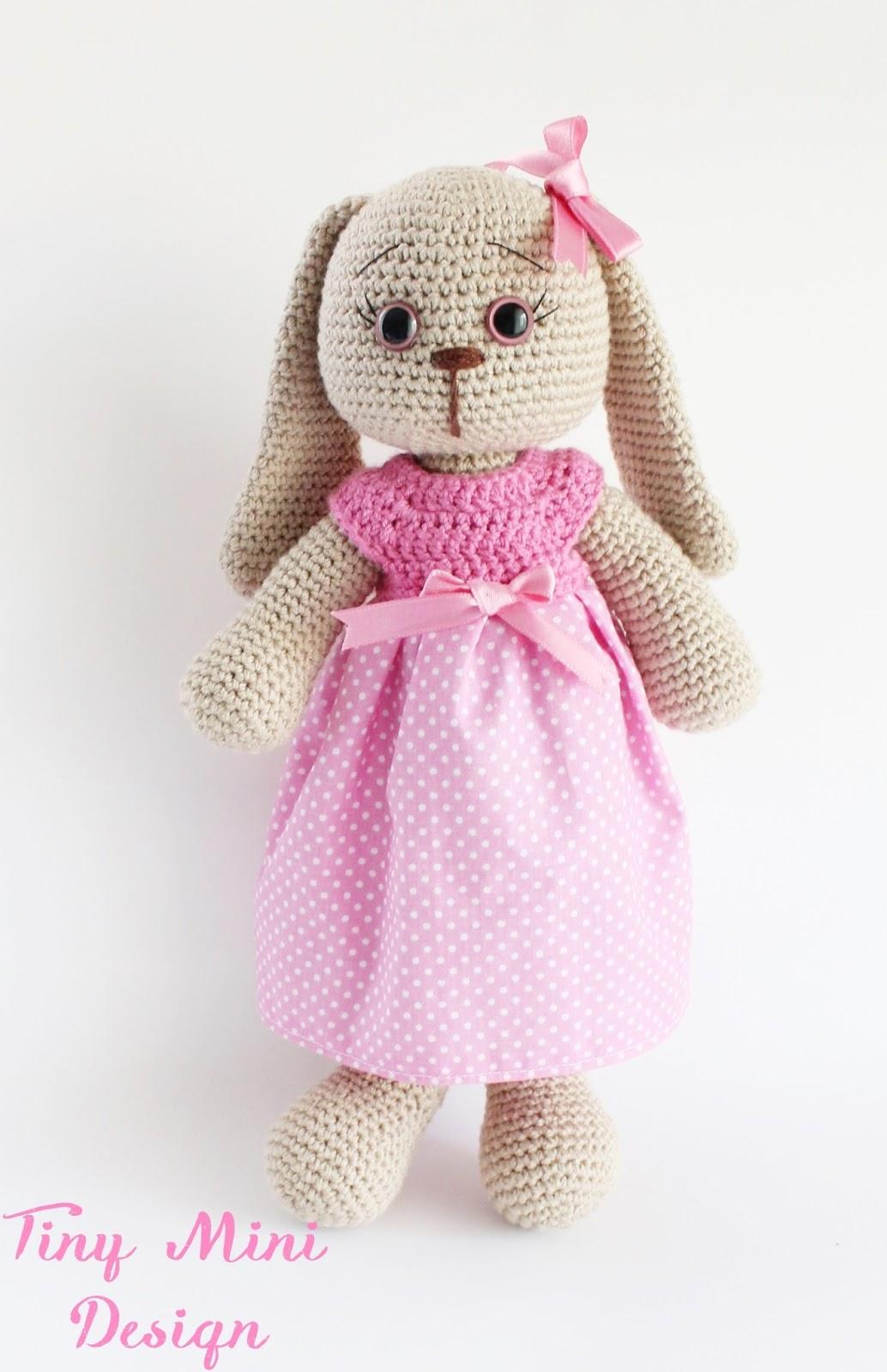 Free Crochet Bunny Pattern! - Leelee Knits | 1600x1034
