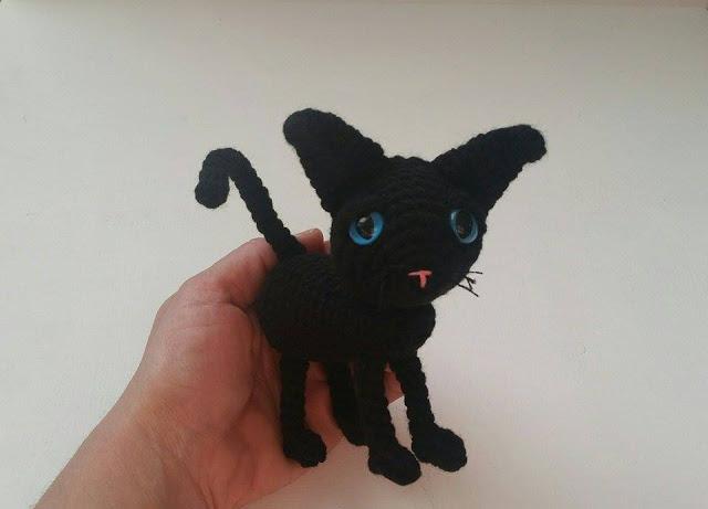 Coraline Cat Amigurumi Pattern Free