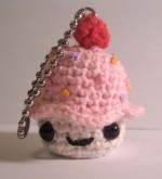 Cupcake Keyring Amigurumi Pattern