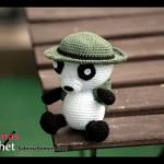 Free crochet pattern Indiana Panda