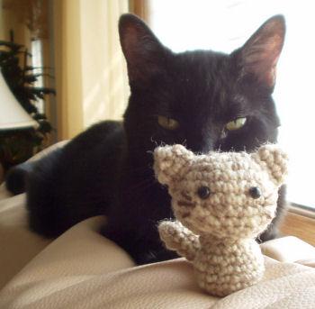 Miuku the cat pattern amigurumi crochet