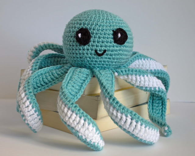 Mini Ami Octopus Pattern (EssHaych) Tags: rainbow pattern small ... | 512x640