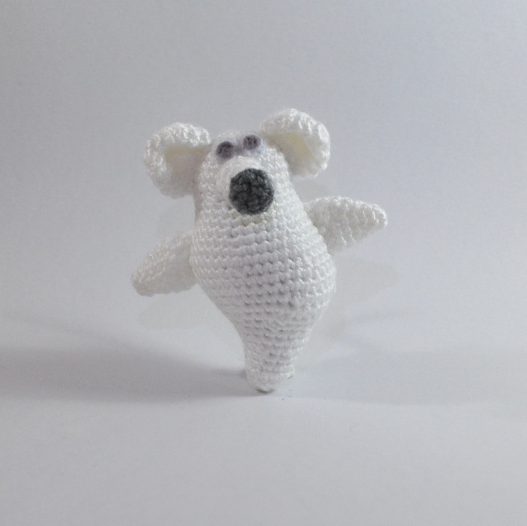 Ghost Mouse Free Amigurumi Crochet Pattern