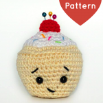 Little Cupcake Pincushion Free Amigurumi Crochet Pattern
