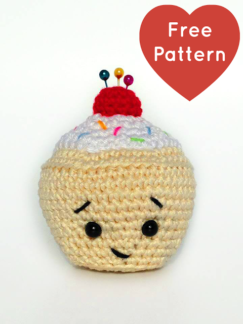 Little Cupcake Pincushion Free Amigurumi Crochet Pattern Crochet