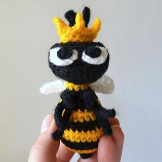 Queen Bee Free Amigurumi Crochet Pattern