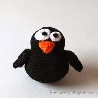 The Oddball Blackbird Free Amigurumi Crochet Pattern