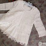 Pretty and feminine crochet cardigan pattern diagram