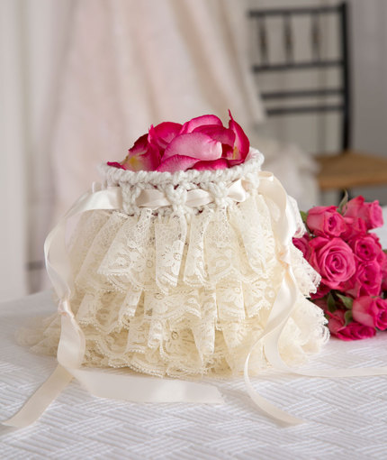 Ruffled Wedding Bag Free Crochet Pattern