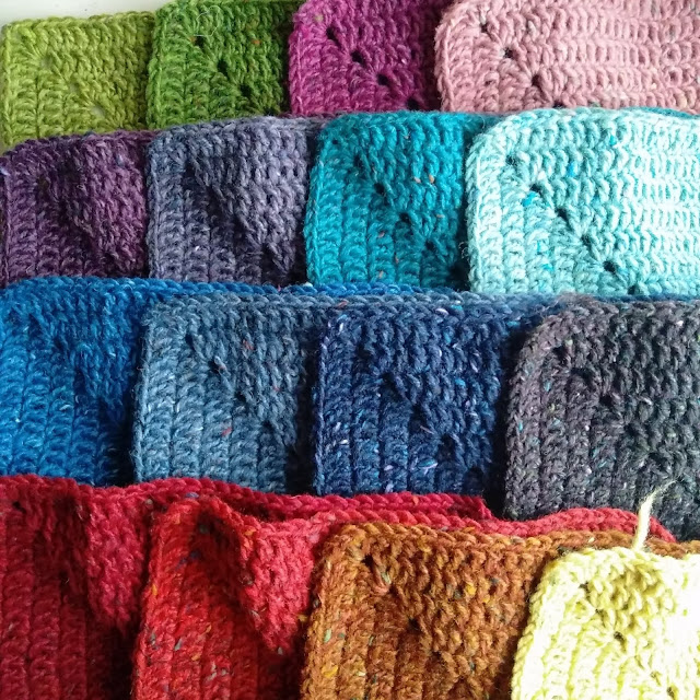 Solid Granny Square Free Crochet Pattern