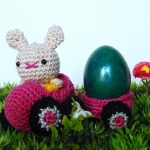 The Eggmobiles Free Easter Crochet Pattern