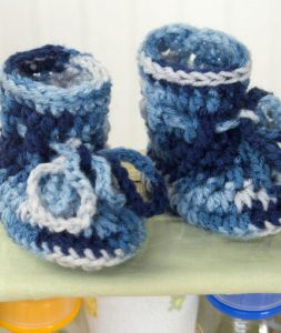 Absolute beginner baby booties to crochet crochet kingdom baby booties pattern free baby crochet patterns for beginners dt1010fo