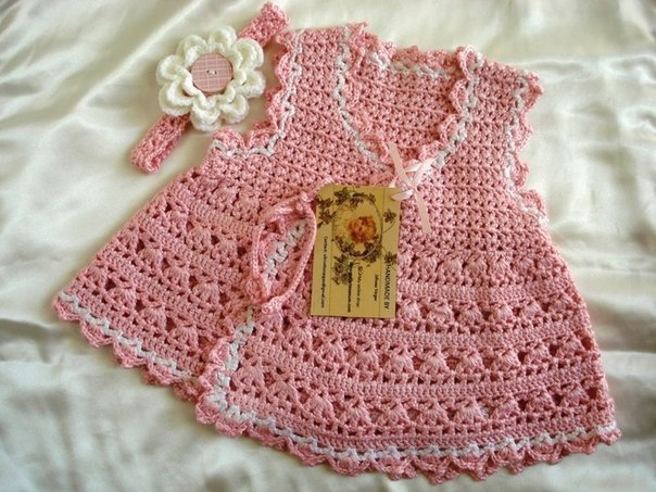 Pretty Crochet baby Dress Pattern