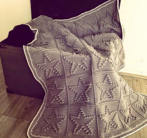 Crochet Bobble Heart Blanket ⋆ Crochet Kingdom