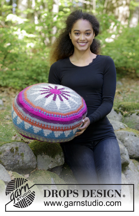 Marrakesh Free Crochet Pouffe Pattern