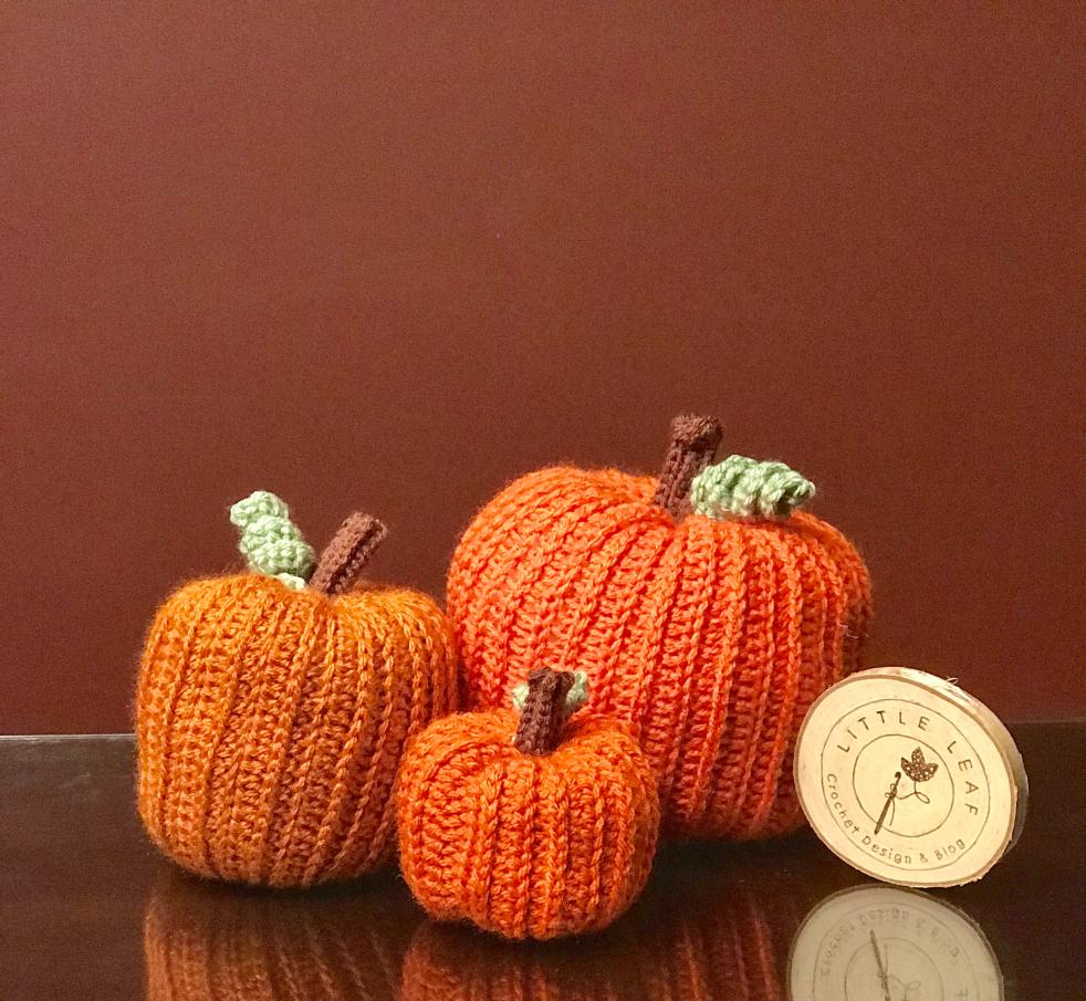 Sweater Pumpkin Free Crochet Pattern