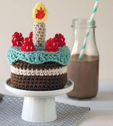 Amigurumi Birthday Cake Free Crochet Pattern