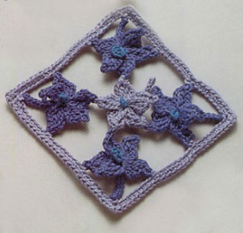 Crochet Square with Lilies Free Pattern
