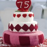 Trendy Fondant Cake Free Crochet Pattern