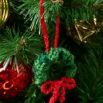 Free Crochet Wreath Ornament Knitting Pattern