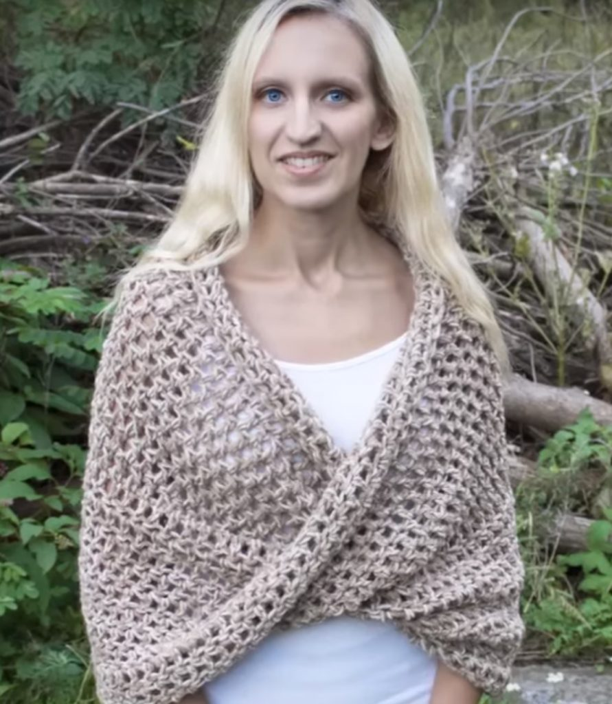 How to Crochet Mobius Twist Shawl and Hooded Cowl Video Tutorial