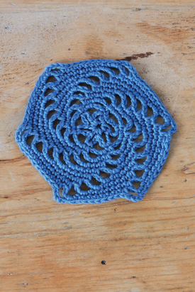 Crochet Along Week 4. Swirl lace hexagon free crochet pattern.