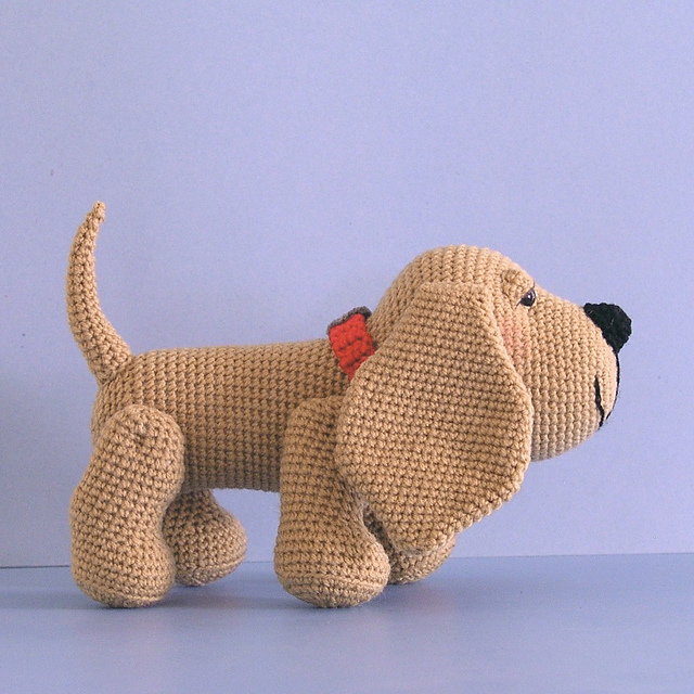 Henry the Amigurumi Hound Dog