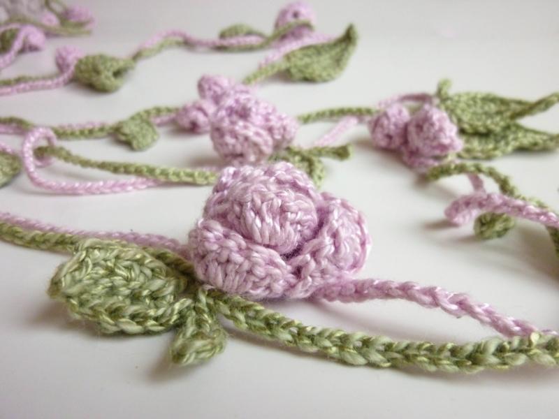 Flora Necklace Flower Free Crochet Pattern