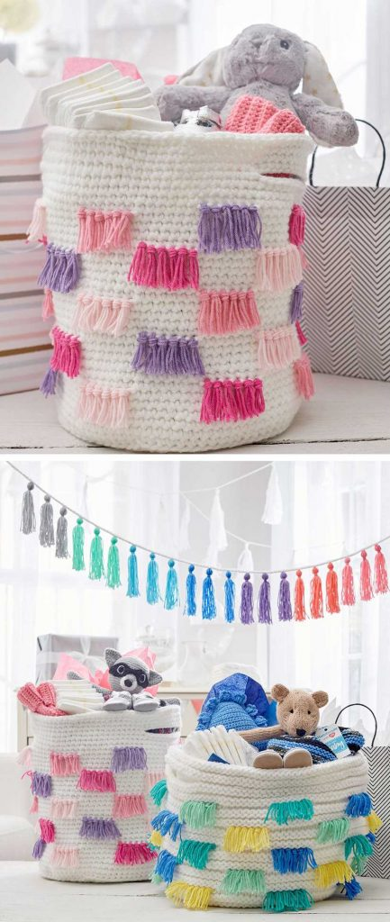 Free Crochet Pattern for a Crochet Fringe Basket.