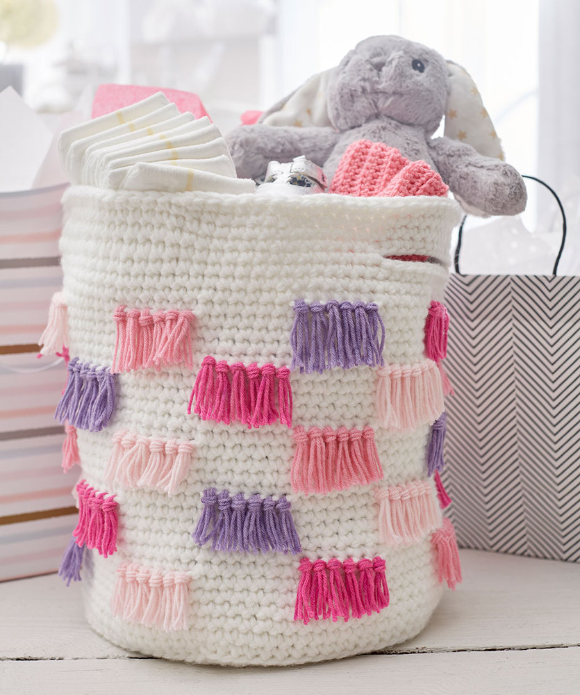 Free Crochet Pattern for a Crochet Fringe Basket