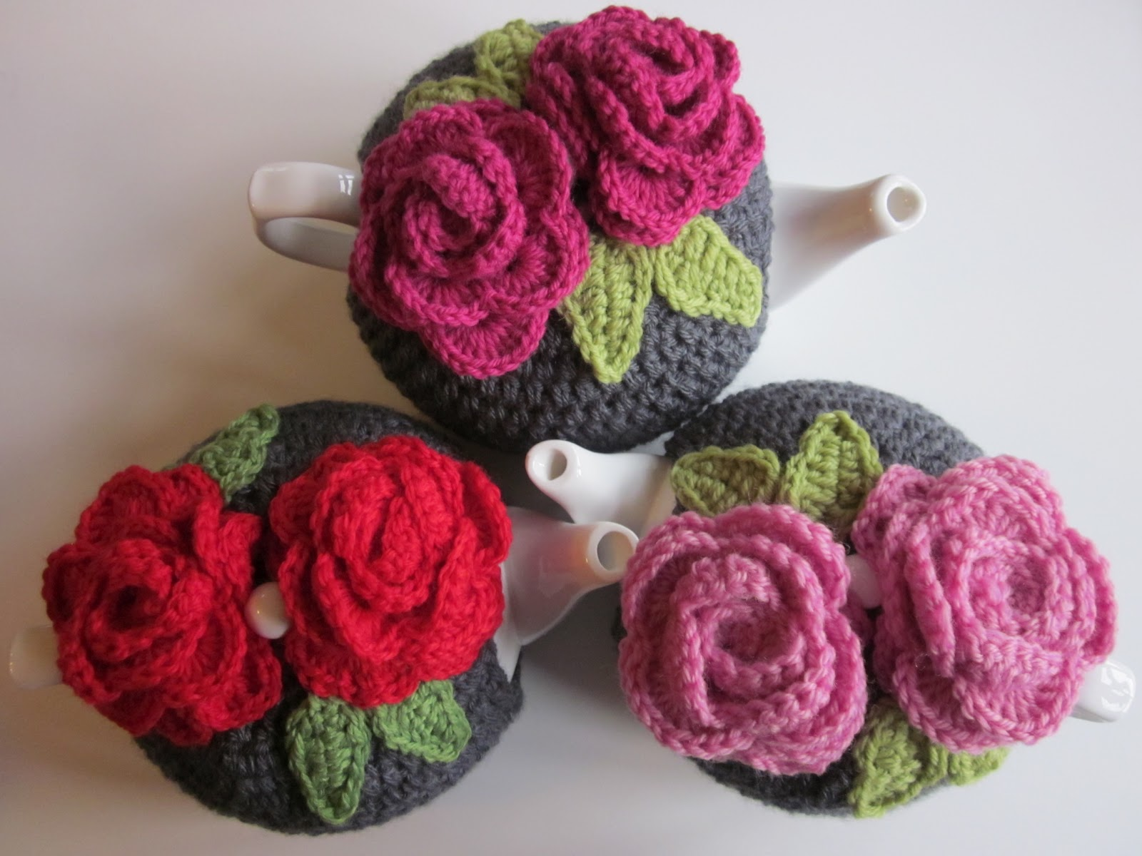 Rose Tea Cosy Free Crochet Pattern