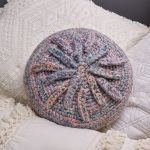 Starburst Pillow Free Crochet Pattern, Easy Round Crochet Pillow.