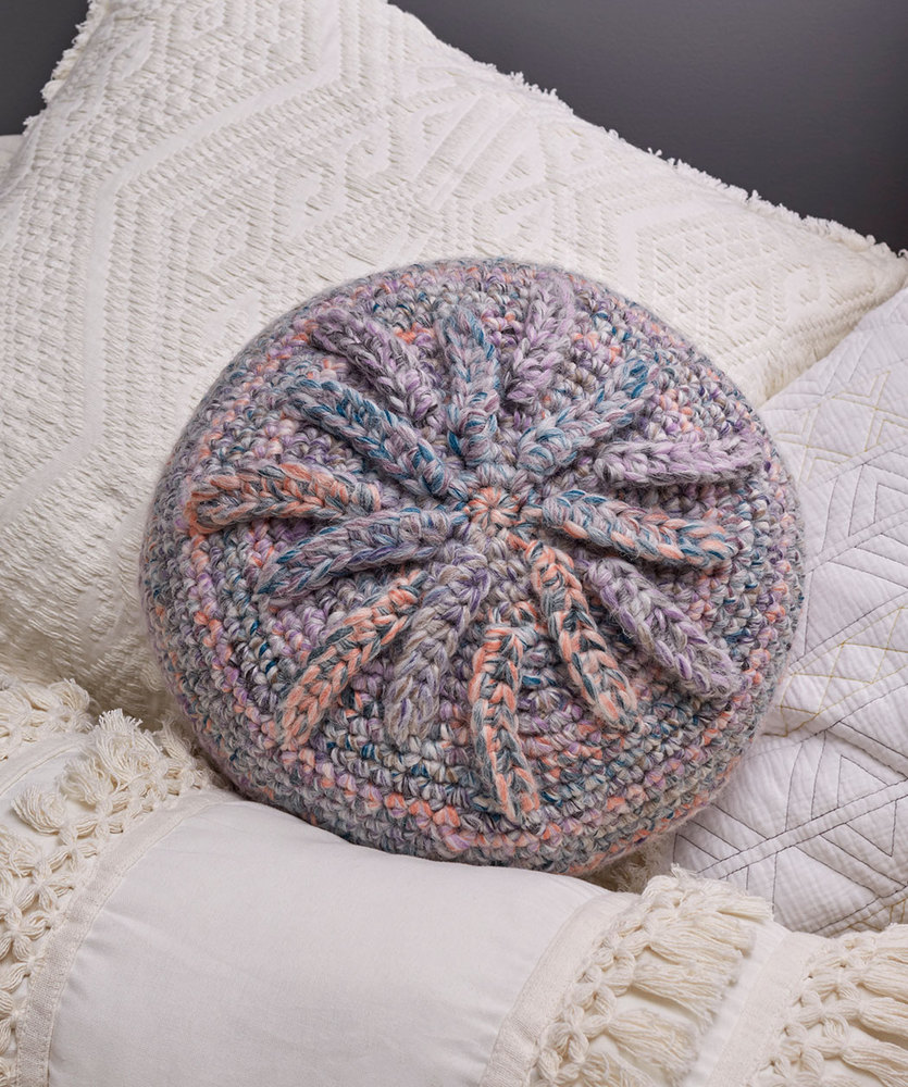 Starburst Pillow Free Crochet Pattern ⋆ Crochet Kingdom