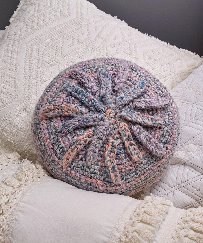 Starburst Pillow Free Crochet Pattern, Easy Round Crochet Pillow.