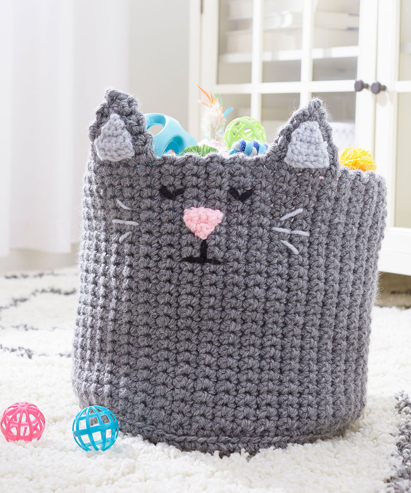 Free Crochet Pattern for a Kitty Toy Basket.