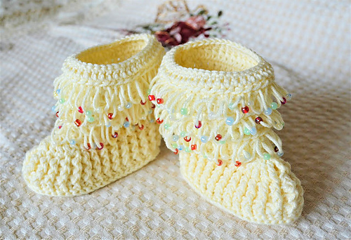 Free Crochet Pattern for Beaded Baby Booties