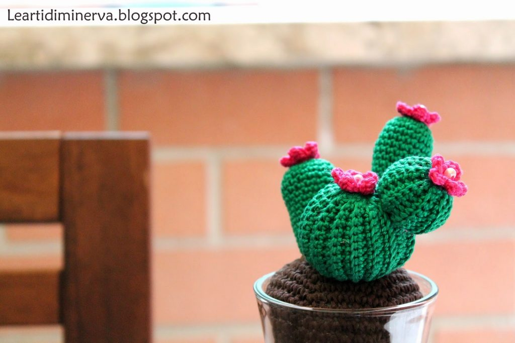 Free Crochet Pattern for a Cactus Amigurumi