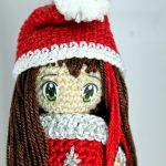 Free Crochet Pattern for a Christmas Doll Amigurumi