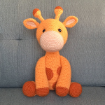 Free Amigurumi Crochet Pattern for Ginnie the Giraffe