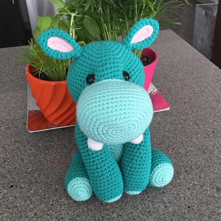 Free Amigurumi Crochet Pattern for Harriet the Hippo
