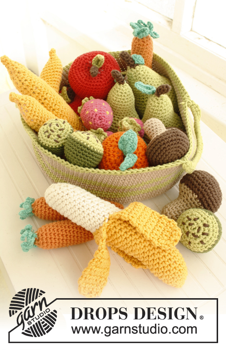 Free Crochet Pattern for a Basket Full of Fruit and Vegetables