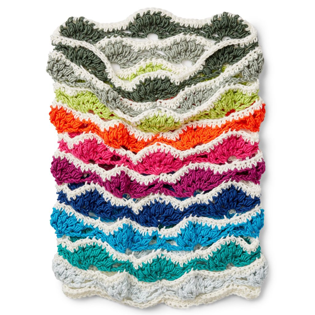Free Crochet Pattern for a Rainbow Chip Pantone Cowl