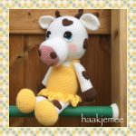 Free Crochet Pattern for a Cow with Hearts