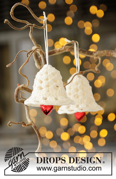 Free crochet pattern for a Christmas bell
