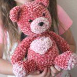 Free Knitting Pattern for a Teddy Bear in Velvet